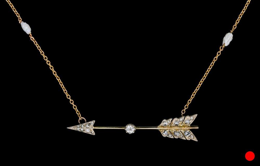 A Victorian diamond set arrow necklace set | £2450