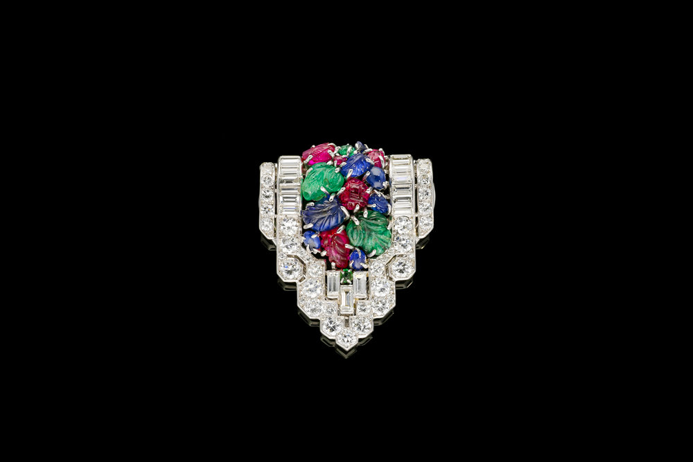 A 1930's tutti frutti dress clip set | £14500