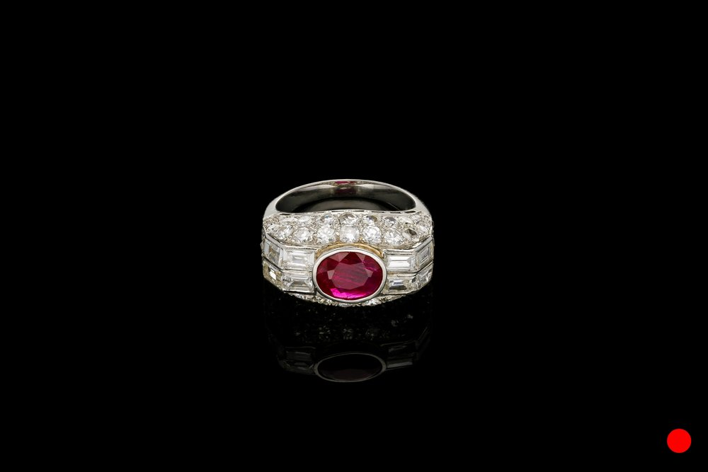 A French Art Deco cocktail ring   £10250