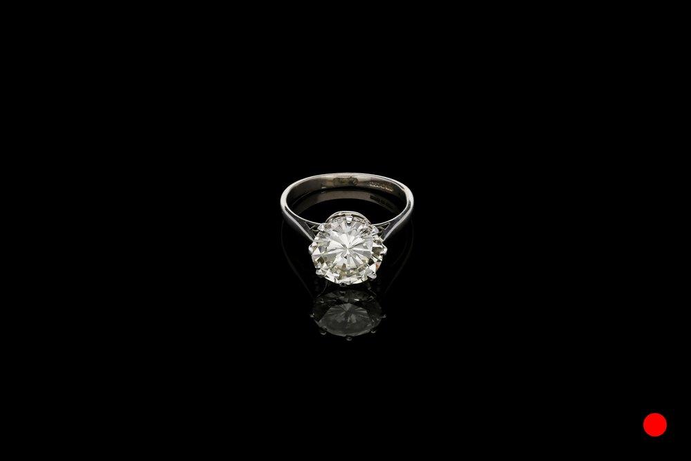 diamond ring 01-01-285 | £36500
