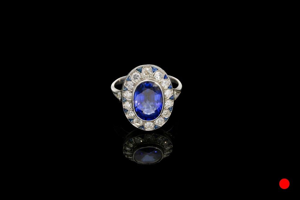 An Art Deco-Art Nouveau ring | £18250
