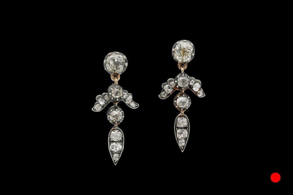 A stunning pair of Victorian diamond drop earrings set | £3650