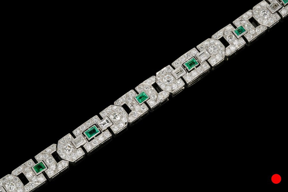 A Columbian Art Deco platinum bracelet   £18500