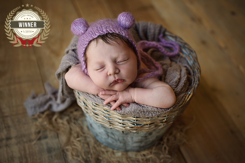 56906439_afns_awards_newborn_category_magdalaze.jpg