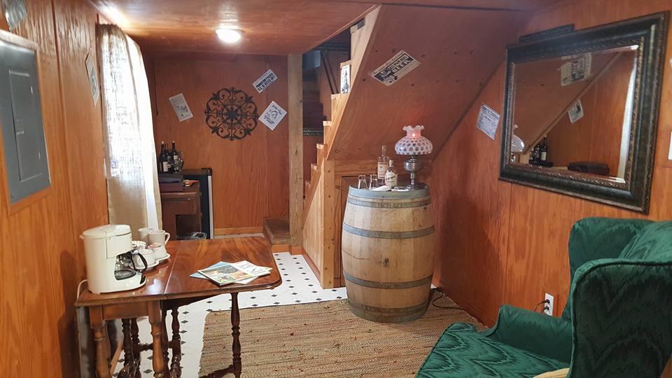Texas Prohibition at Full Moon Inn B&B