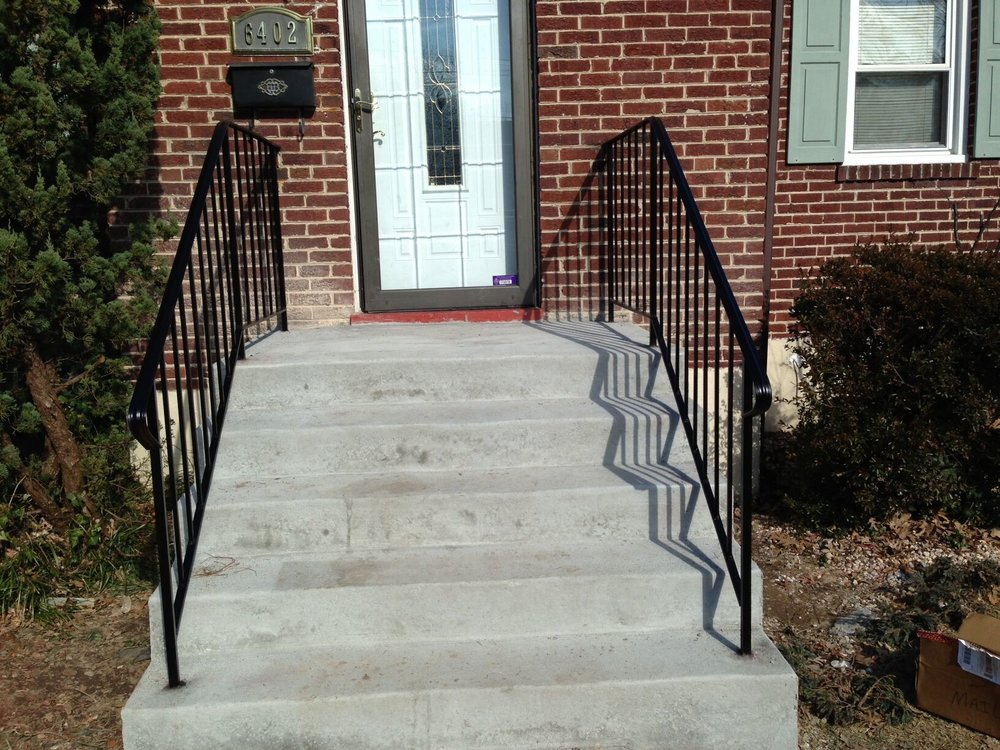 steps with 2 rails.jpg