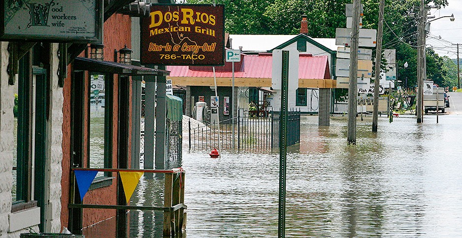 Flooding in Grafton, Ill., in June 2008. Mayor Rick Eberlin is exploring new ways to cope with high-water events. Steve Nagy/MCT/Newscom