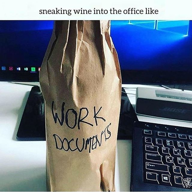 How to lose a job in 5 minutes😂. #issaFriday ------------------------- #realsmooth #pinkslip #youaintslick #happyhour #whatnottodo #atwork #careercoach #lifelessons #6figuresby30 #6figuremvmt #HappyFriday