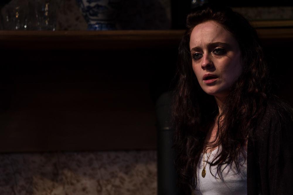 2014_15 Night Season Sara cries and desperate.jpg