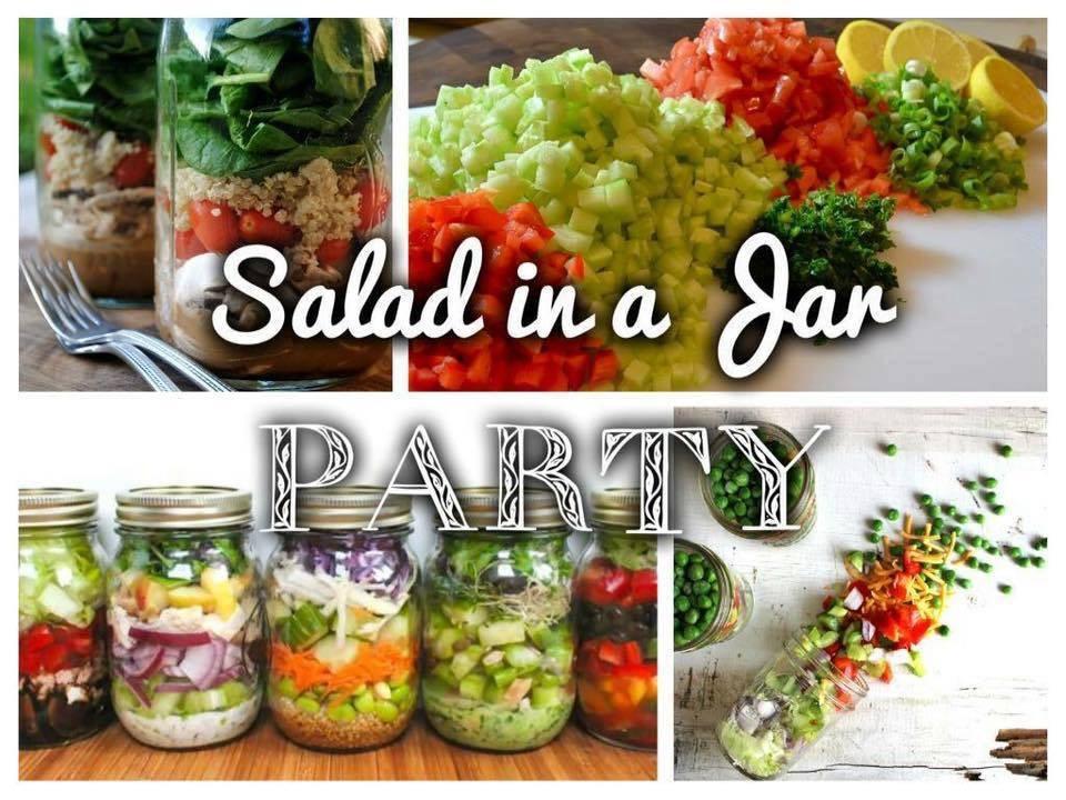 Some beautiful images of mason jar salads