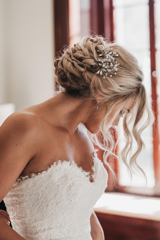 Breathtaking Bride Elliston Vineyards