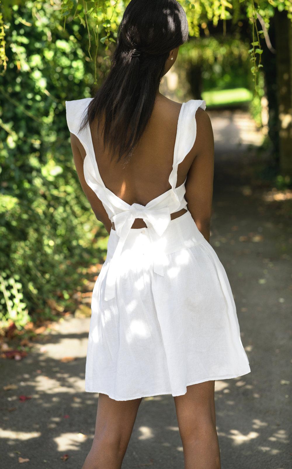 White Dressret.jpg