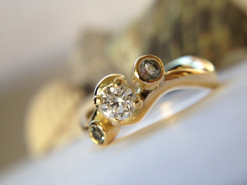 18ct Yellow Gold, Diamond, Aquamarine & Prasiolite Engagement Ring