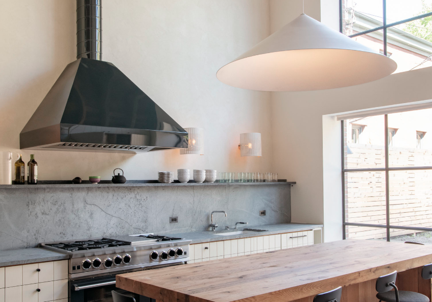 REMODELISTA: SERIAL REMODELERS SETTLE DOWN