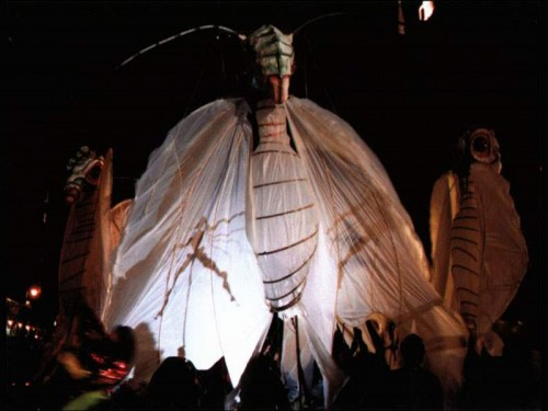 Greenwich-Village-Halloween-Parade-at-street-lantern-balloon-500x375.jpg