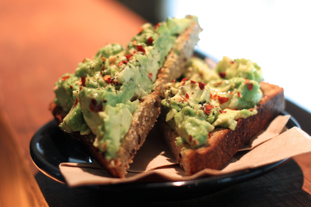 Avo Smash. Photo by Kristen Lee.