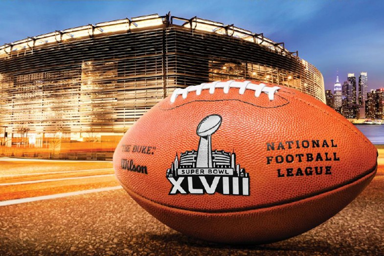 2014-Super-Bowl-XLVIII-NFL-ball-Wallpaper-785x523.jpg