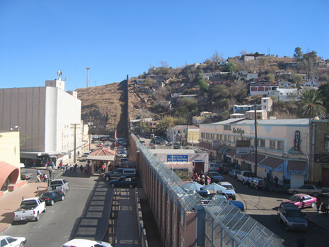 US/Mexico Border. Nogales, AZ. Photo by Ryan Bavetta of Flickr.