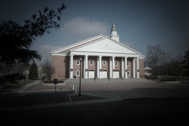 Wheaton-College-Chapel.jpg