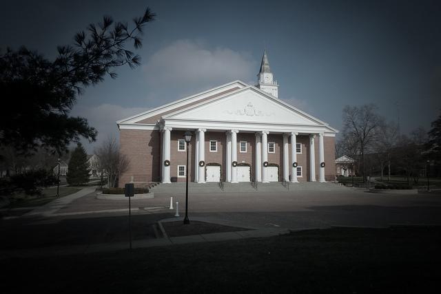 Wheaton-College-Chapel.jpg