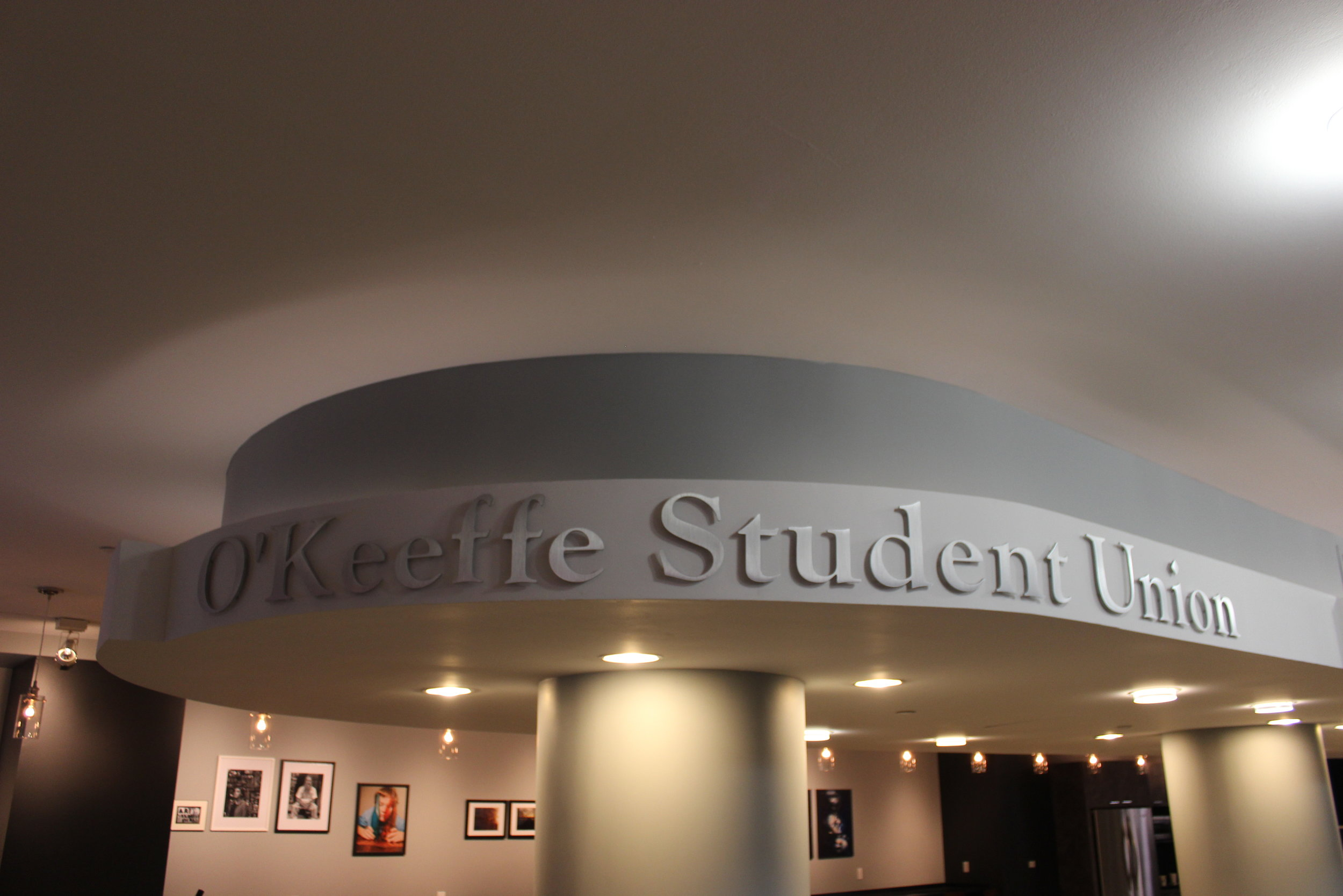 Signage at the entrance to the O'Keeffe Student Union (Photo by Michael Sheetz)