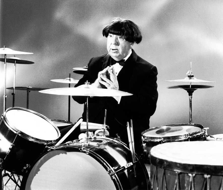 Alfred Hitchcock impersonating Ringo Starr, 1964.jpg