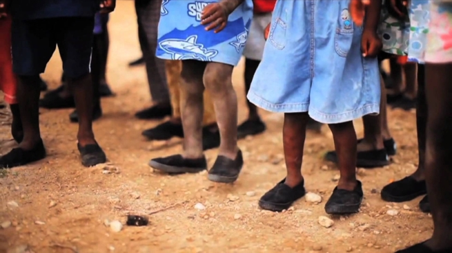 toms-shoes-africa.jpg