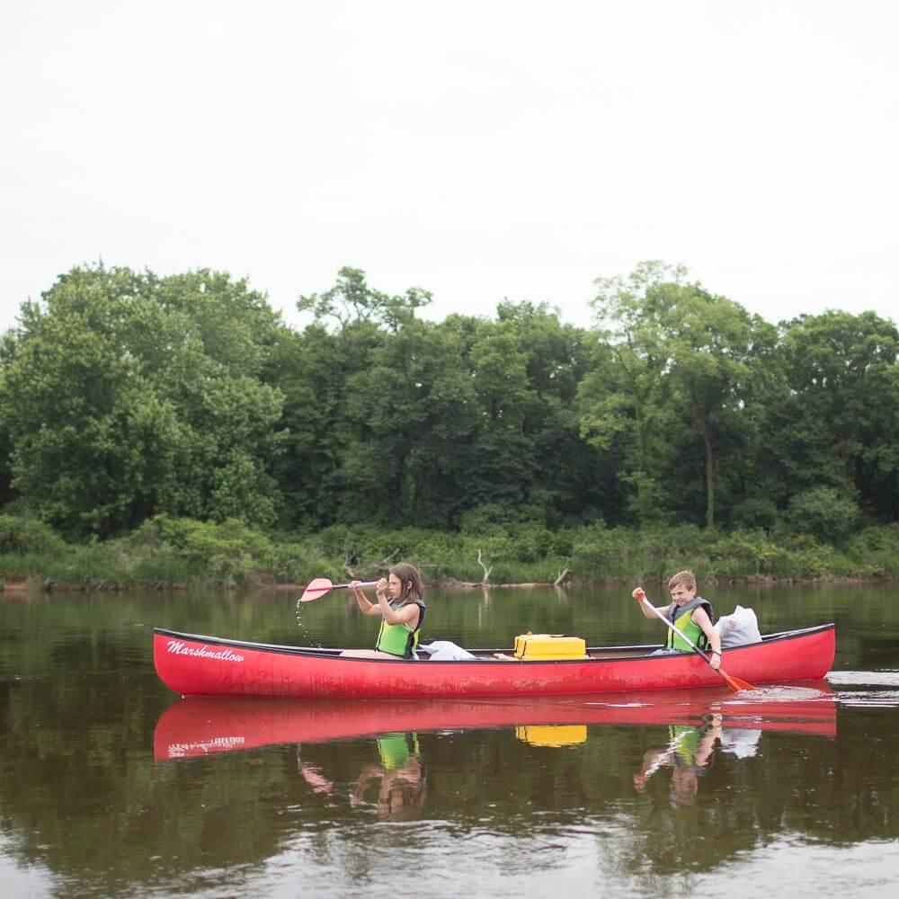 CanoeingWisconsinRiver.jpg
