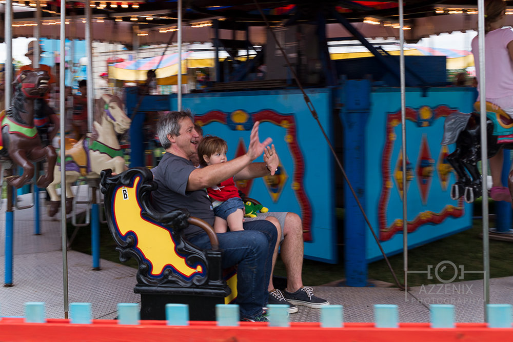 Oh Canada Ribfest 2017 - Family on Merry Go Round
