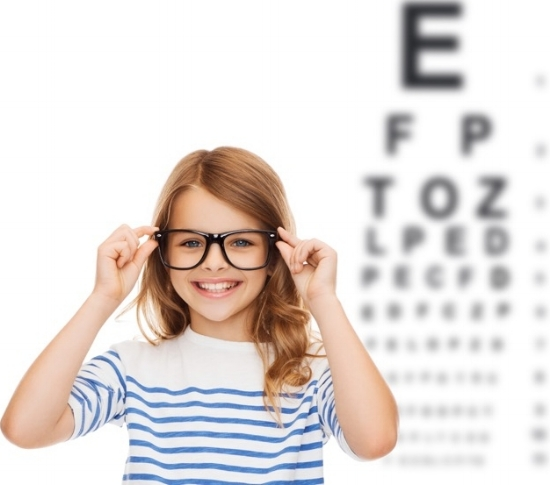 Kelowna-optometrist-iSight-kids-eye-exams.jpg