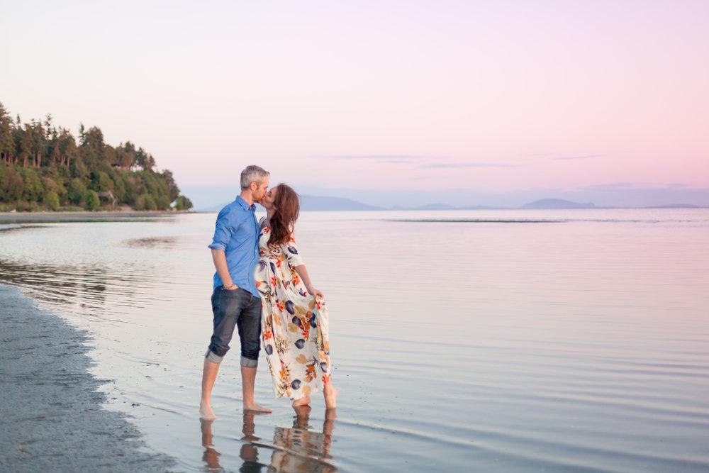 Crescent Beach Engagement Photos.jpg