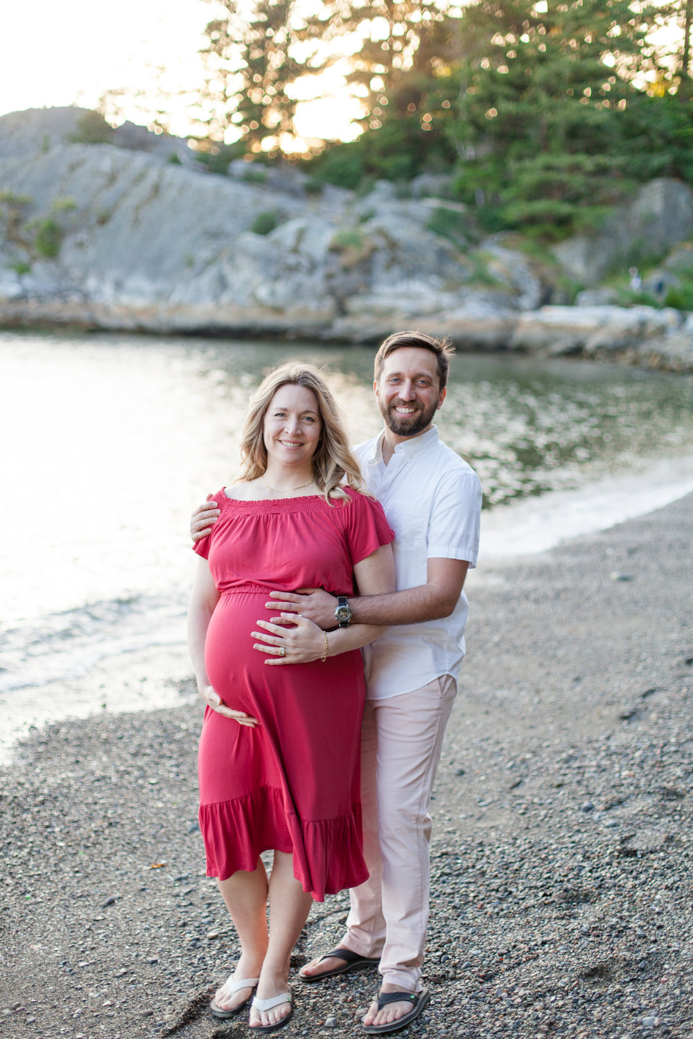 Whytecliff Park Maternity Photos-8.jpg