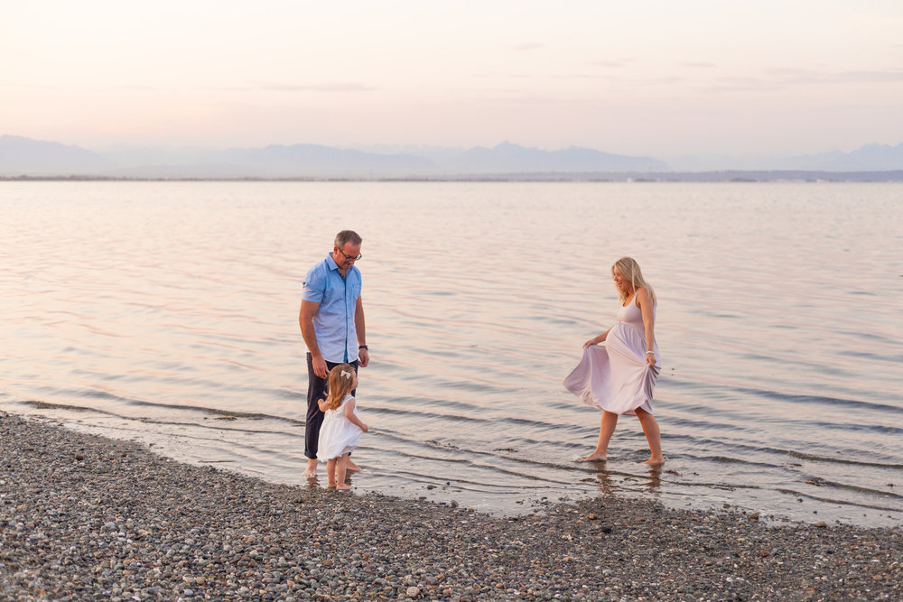 Centennial Beach Maternity Photos-1.jpg