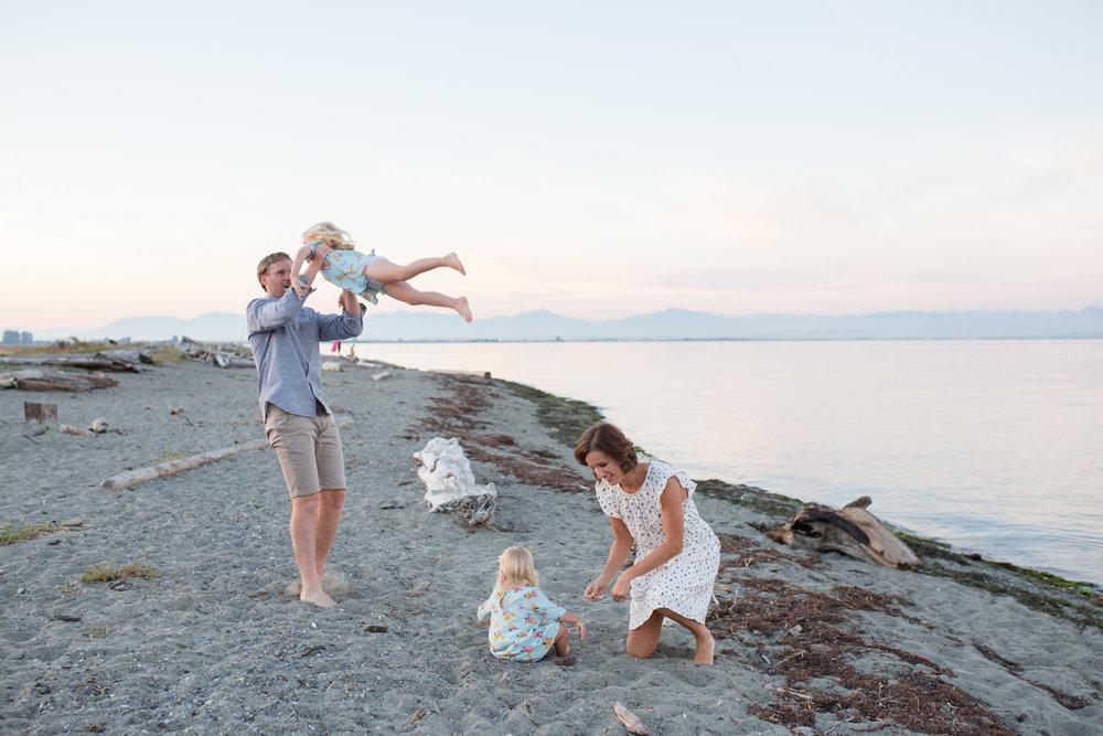 Centennial Beach Family Photos-23.jpg