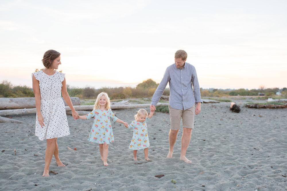 Centennial Beach Family Photos-30.jpg