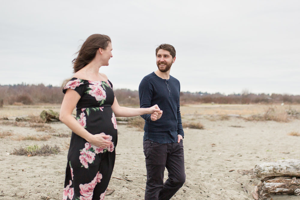 Centennial Beach Maternity Photos-53.jpg