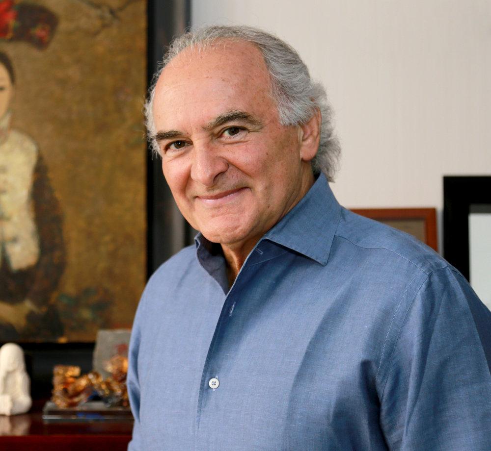 Author Roberto Fuste.jpg