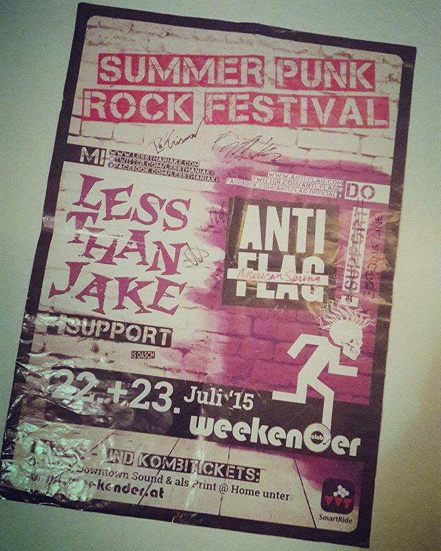 Over two years ago and we still keep this day in our memory. If you ask us about one of our career high's, it's definitely supporting Anti-Flag in the now closed @weekender_club. 😊  #poppunk#poppunksnotdead#punk#punkrock#Boardingline#antiflag#Lessthanjake#Innsbruck#Tirol#Entropy#throwback