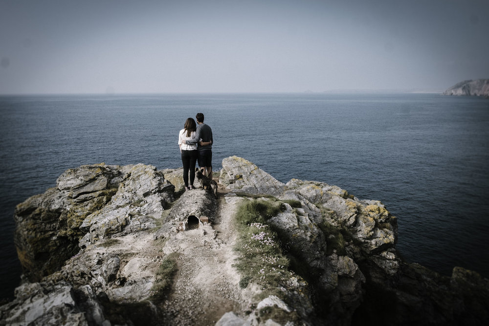 Free engagement session at St Agnes