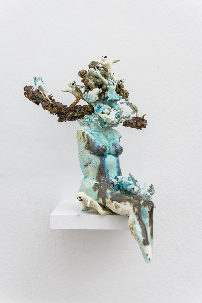 Marlène Mocquet, Corps fondant - 2014  Bombe aérosol, résine époxy et huile sur toile, 20 x 24 cm