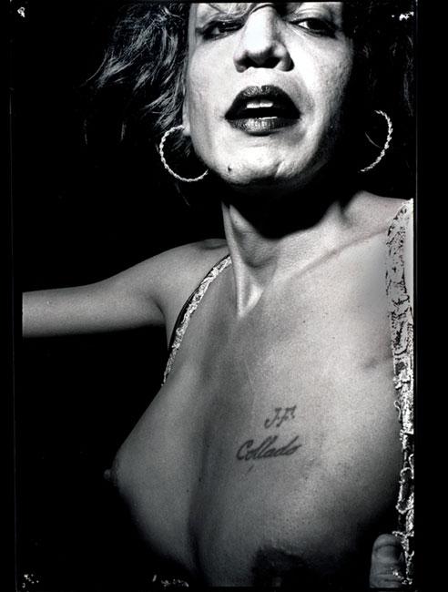Liz Cohen La Cuatro de Julio 10/22  -  2000 Tirages noir et blanc, 40,5 x 50,5 cm, tirage unique