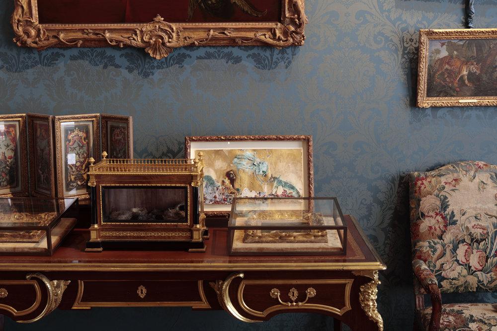 Pierre Philosophale, 2016, Liant vinylique, poudre de bronze, huile, émail à froid, goutte d'émail, colle epoxy, bombe aérosole, sel, eau de javel sur papier, 27 x 52 cm