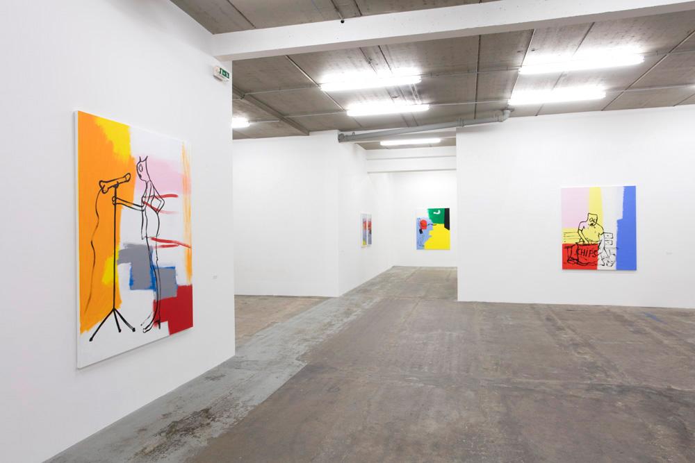Gauche : Alain SECHAS, Micro, 2017, acrylique sur toile, 190 x 150 cm