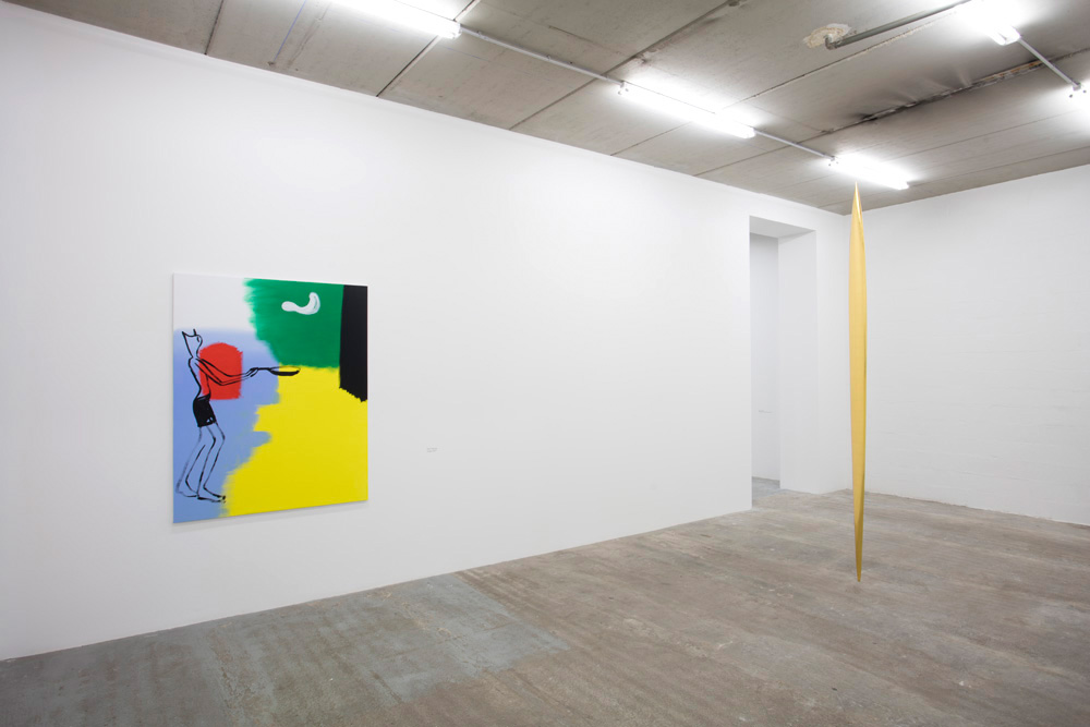 Alain SECHAS, Crêpe, 2017, acrylique sur toile, 162 x 130 cm Marc COUTURIER, Lame, 2016, bois de samba et feuille d'or, 314 x 23 cm