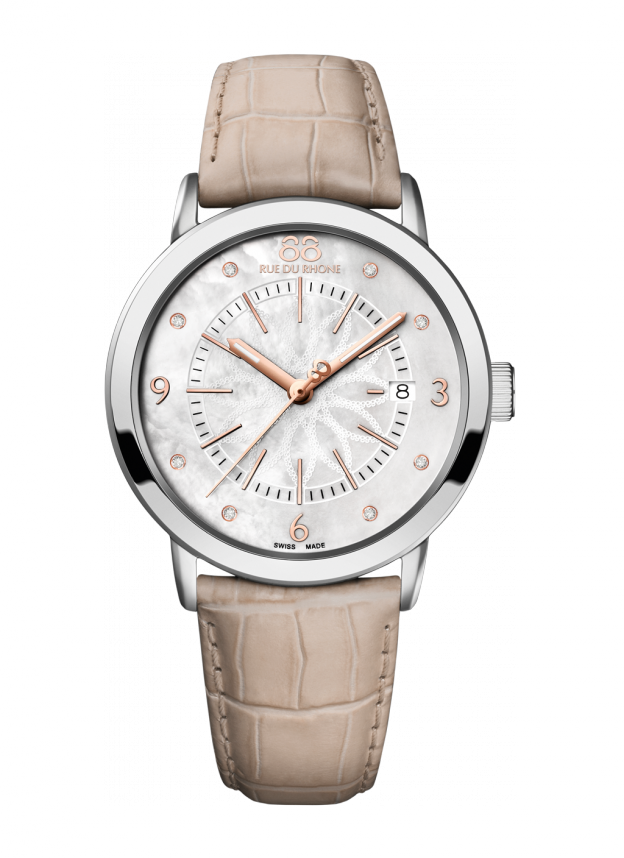 Double 8 Origin - 39 MM Quartz Chic and stylish, this 88 RUE DU RONE cream-colored alligator strap watch is a match for every outfit and occasion. With a mother of pearl dial, 8 diamond indexes and Arabic numerals, this timepiece is feminine with a modern twist. The leather strap adds a hint of understated color to a simply elegant watch.