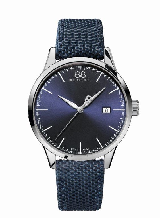 Rive - 41 MM Quartz This watch will tempt you with its unique personality. Entirely dressed in blue, this timepiece offers a casual, yet chic style with its deep blue dial punctuated by 11 baton indexes and gently brushed by the emblematic seconds hand with its 8-shaped counter-weight.