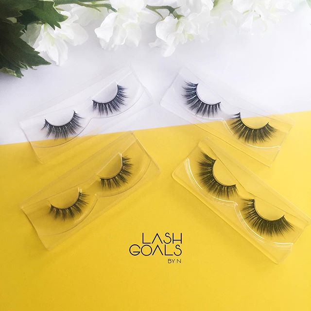 Shorter lashes VS longer lashes 💛What do you prefer? We are happy to announce that we soon have these gorgeous shorter lashes (to the left) in stock 😍🙌🏼