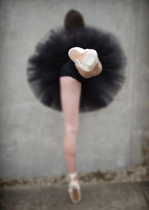 ballerina-1867787_960_720.jpg