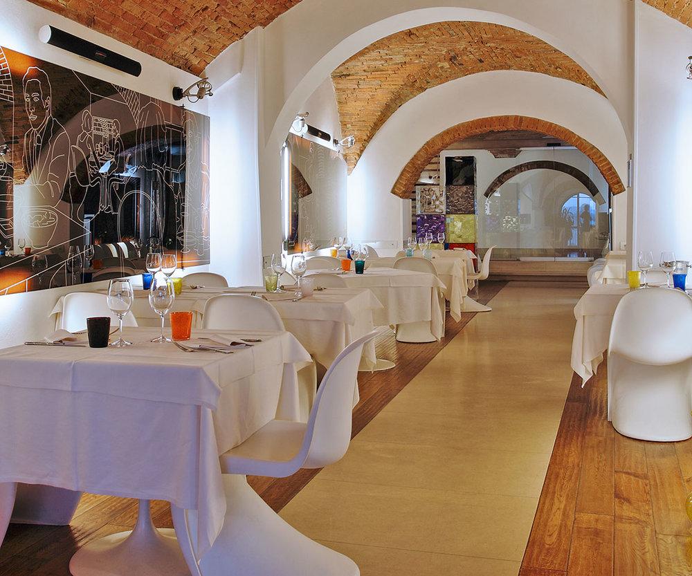 locale-ristorante-pepenero.jpg