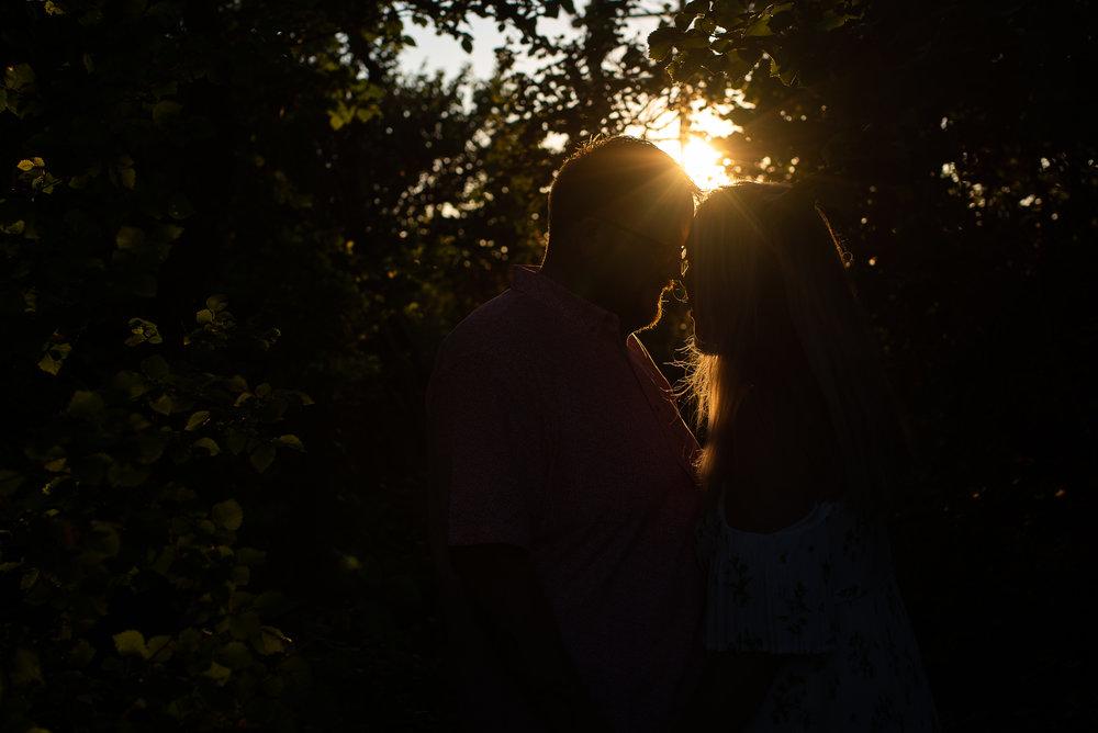 Jess-mat-portsmouth-engagement-shoot-14.jpg